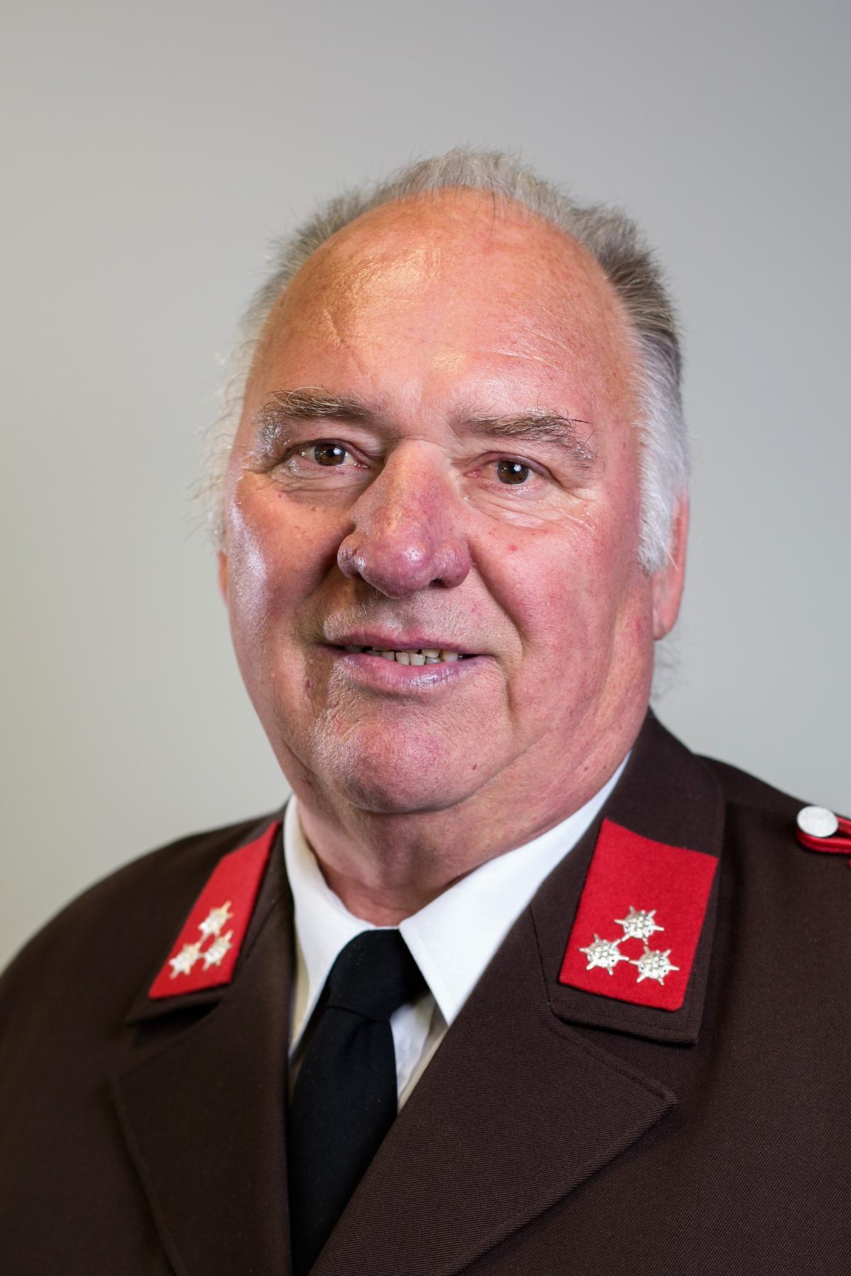 HFM Josef Zisser